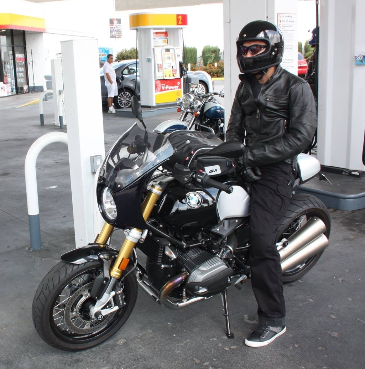 Shoei Gt Air >> Which helmet for the R Nine T? - Page 19 - BMW NineT Forum